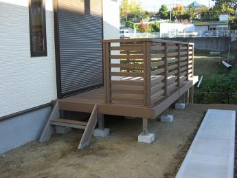 デッキ 株式会社ミキヨシ住宅建材 神奈川・相模原エリアでの「外構・エクステリア」を自信を持って施工いたします。_11
