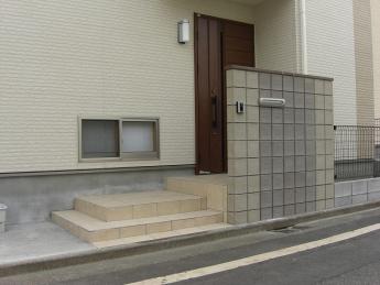 門柱 神奈川・相模原エリアでの「外構・エクステリア」を自信を持って施工いたします。_17